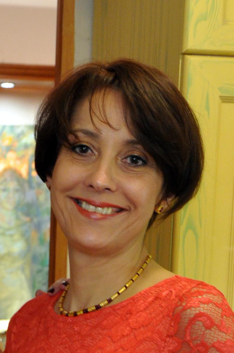 Dr. Varga Klára plasztikai sebész és fül-orr gége szakorvos  09c692181b