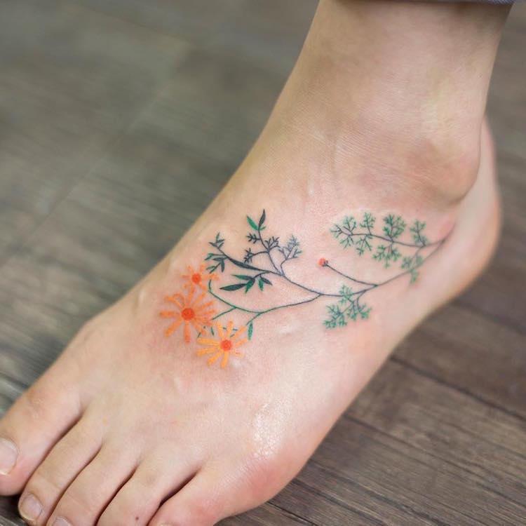 Lélegzetelállító virágos tetoválások - Mind nagyon nőiesek  737d6f99a5
