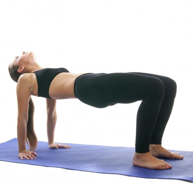 Ülősport? 4 gyakorlat, amit munka közben is simán meg tudsz csinálni | nlc