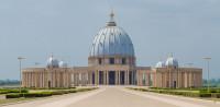 Te tudod hol található a világ legnagyobb temploma? Hihetetlen, de ma üresen áll