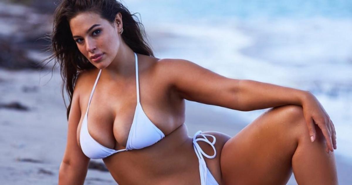 Ashley Graham bevállalta  így néz ki bikinis teste photoshop nélkül ... fb9e708e30