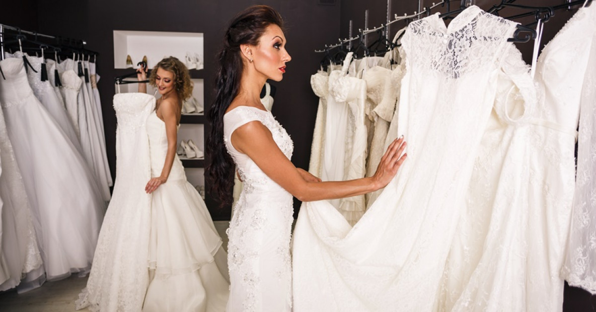 e7213cedd4 Ne keresd tovább: Itt a tökéletes menyasszonyi ruha, ami mindenkinek jól  áll | Femcafe