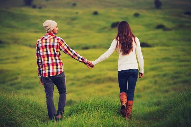 Nem félt téged – Egy szerelmes férfi igyekszik óvni a kedvesét, igyekszik minden olyan pillanatban mellette lenni, vagy legalábbis érdeklődni iránta, amikor a nőt veszély érheti. Amelyik hím nem foglalkozik ezzel, az érzelmileg már nem kötődik a párjához.