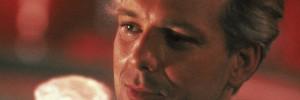 A legsármosabb hollywoodi színész volt, ma egy végtelenül torz arc mered rá a tükörből