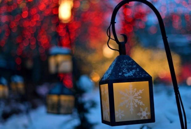 Havas karácsonyi lámpás