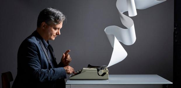 Mit olvas az író? Nyáry Krisztián megmutatta nekünk kedvenc köteteit - Videó