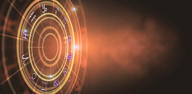 Napi horoszkóp: A Vízöntő szépítse, dekorálja otthonát - 2019.11.12.