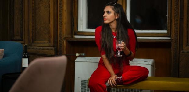 Legalább én legyek biztos pont - interjú Bakonyi Alexa színésznővel, a száraz november után