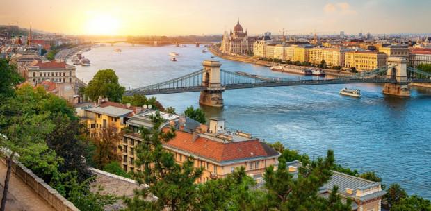 Csodálatos felvételek a Citadelláról: Így még biztosan nem láttad a magyarok kedvencét