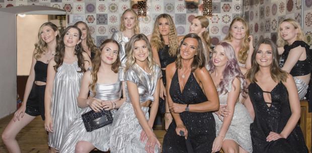 Merészség, nőiesség, elegancia - Bemutatták a NANA's exkluzív Charity kollekcióját