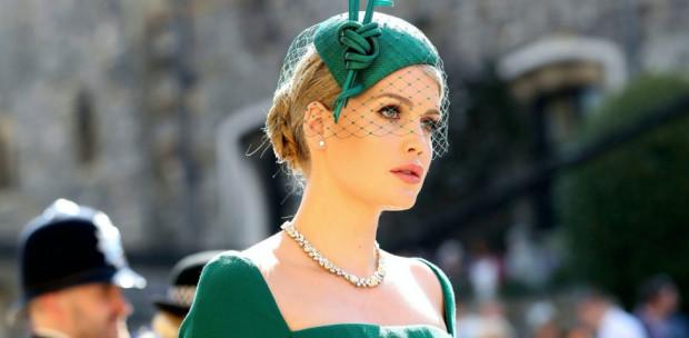 Olasz divatház kérte fel Diana hercegnő unokahúgát - Lady Kitty Spencer igazi bombázó