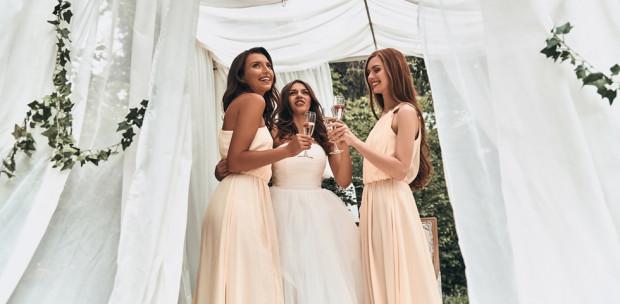 Esküvőre mész? Ezeket a kiegészítőket soha ne viseld