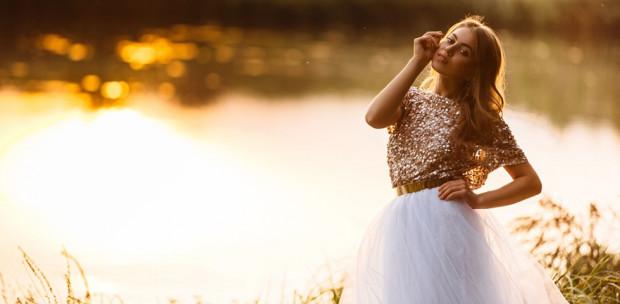 Zseniális trükkök, amikkel ősszel is viselheted a nyári ruháidat