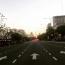 Az Avenida 9 de Julio kezdő szakaszát 1937. júliusában adták át, a fő szakasz építését pedig 1960-ban fejezték be. A déli vonalakra 1980 utánig kellett várniuk az argentin fővárosban élőknek.