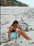 Amelia Whelan a közösségi oldalra feltöltött, Balin készült tengerparti képeivel sokkolt