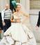 Szex és New York - Sarah Jessica ParkerCarrie Bradshaw-ként,Vivienne Westwood ruhában.