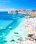 Dubrovnik már évek óta kedvelt úti cél, amit a Trónok harca még népszerűbbé tett. A rengeteg turista miatt azonban jelentősen csökkentették a tengerjáró hajók kikötésének a számát, ma már csak kettő érkezheta korábbi tíz helyett.