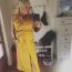 Az énekesnőnek nemcsak a fekete, de a sárga szín is rendkívül jól áll, nem véletlenül választotta ezt a feltűnő ingruhát az őszi napsütéshez.