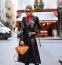 1. LATEX KABÁT: Cindy Crawford már a '80-as években is viselte ezeket a latex dzsekiket és hosszú kabátokat, és bizony idén is találkozunk majd velük, sőt, már láthattuk is őket az üzletek kínálatában.