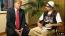 Sacha Baron Cohen először a műveletlen, faragatlan Ali G karakterével hívta fel magára a figyelmet. Figurája híres botrányos interjúiról, ahol sorra zavarba hozza vendégeit bunkó modorban feltett ostoba kérdéseivel. 2003-ban a későbbiamerikai elnök Donald Trump is az interjúalanya volt. A beszélgetés során Ali G módszeresen lehülyézte Trumpot, aki szinte hihetetlen, de elhitte, hogy igazi riporterrel van dolga.