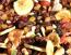 A magvak, szárított gyümölcsök is jó alternatívák lehetnek a nassolásra.
