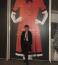 Pataki Ági bár a mai divatot is élénk figyelemmel követi, szeret visszatekinteki a múltba. Itt éppen Clara Rothschild, magyar származású divatterevező kiállításán járt.