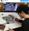 Íme a módszer: az eredeti tárgy, a nagyított képe, pár hegyes ceruza és türelem...