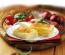 """Ha szereted a sós tésztás ételeket, akkor érdemes körülnézned """"štrukli-ügyben"""". Ez a horvát finomság egy kicsit emlékeztet majd a hazai rétesünkre, amit ott sajttal töltenek és tejföllel öntenek nyakon. Jó hír az édesszájúaknak: van almás változata is."""