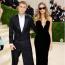 Hailey és Justin Bieber Drew House ruhában a 2021-es MET-gálán