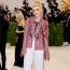 Kristen Stewart Chanel ruhában a 2021-es MET-gálán