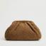 Mango Bundás textúrájú clutch táska 9995 Ft