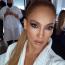 Jennifer Lopez  J.Lo nem a visszafogott stílusáról híres: ő még abarna szemhéjfestéket is tripla erősen szereti, de még így is természetesebb az összhatás, mint ugyanez egy fekete vagy egy kék festékkel.