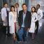 Amerikában 2004 őszén, Magyarországon 2006 márciusában indult hódító útjára a Dr. House. A főszerepben egy zseniális elméjű, de zárkózott és szenvedélybeteg orvost,Dr. Gregory House-t ismertük meg, aki gyakran kerül konfliktusba a főnökeivel és a kollégáival is. Hugh Laurie 62 éves lett - felismernéd?