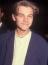 Leonardo DiCapriot nehéz nem felismerni, hiszen arcanem sokat változott1989 óta, amikor először vörös szőnyegen mutatkozott. Minden túlzás nélkül mondhatjuk, hogy ő azóta az egyik legsikeresebb színész Hollywoodban.