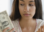 A Kosoknak küzdeniük kell a pénzért, a Rákoknak új munkát ajánlanak - Áprilisi pénzhoroszkóp
