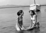 Retró fotók a Velencei-tóról: így pancsoltak nagyszüleink régen
