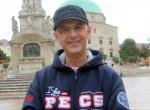 Végre kiderült: Vujity Tvrtko elárulta, miért visel mindig sapkát