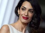 Amal Clooney nem hagyja dolgozni a férjét - Most így terelte el George figyelmét