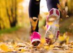 Ha ilyen ruhát választasz, nem fázol meg - Tanácsok őszi futáshoz