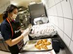 Hősöknek főzünk - Példás összefogás a Szent László kórház dolgozóiért
