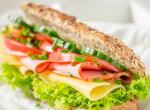 Vett egy szendvicset a nő, amikor beleharapott, majdnem elájult a látványtól - Fotó