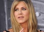 """""""Ez nem is ő"""" - Szétszedik a rajongók Jennifer Anistont új címlapfotói miatt"""