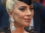 Lady Gaga és új párja: nyilvánosan üzent a férfi exe! Fotók