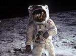 NASA: meglepő fényüzenet érkezett vissza a Holdról