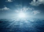 Ismeretlen fényjelenséget láttak lebegni az Atlanti-óceán fölött - Videó