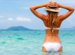 Új bikinijét viselte a nő, amikor kijött a vízből, mindenki rajta röhögött