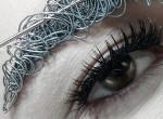 Őrült szemöldök trend hódít, még nézni is fájdalmas