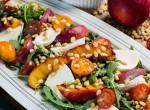 Mozzarella saláta, grillezett nektarinnal