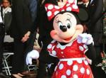 Csillagot kapott a hírességek sétányán: Minnie egér 90 éves lett