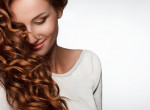 Te jól bánsz vele? Tippek a göndör haj megfelelő ápolásához